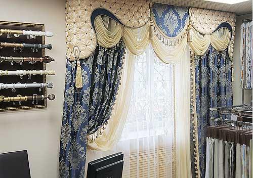 Роскошные шторы с фигурным ламбрекеном ручной работы для оформления магазина