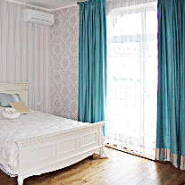 drapes-for-bedroom