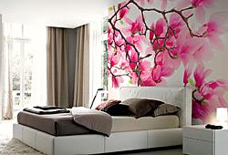 Панно на стену с кроватью Цветы магнолии розовые