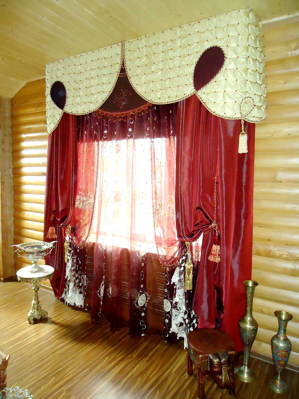 Curtains in log cabin