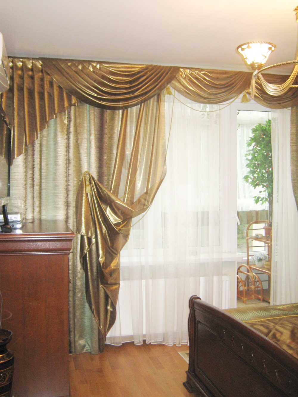 Парчовые шторы в классическом стиле