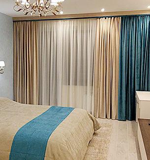 Бежево-лазурная спальня